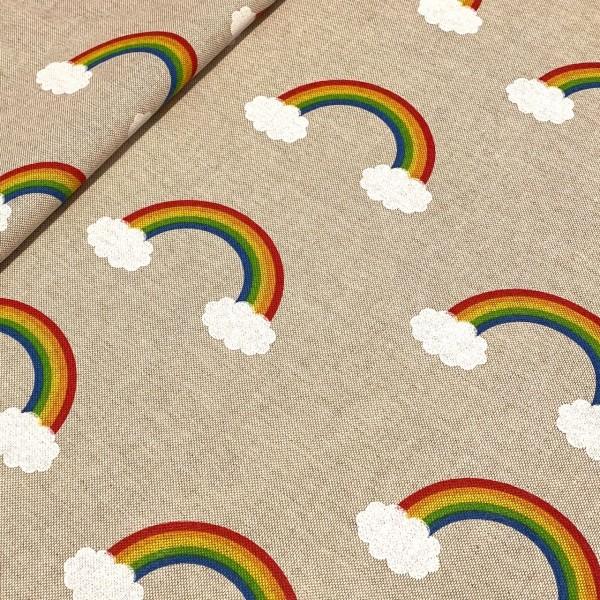 Dekostoff Bunter Regenbogen mit Wolken auf natur