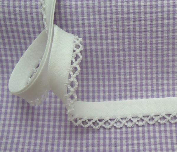 5m Schrägband uni mit Häkelborte weiß (2)