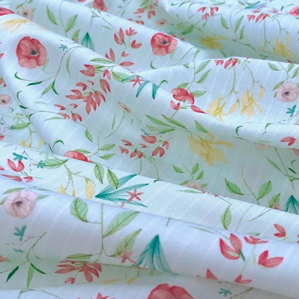 Baumwoll-Stoff zarte Mohnblumen auf Streifen mint