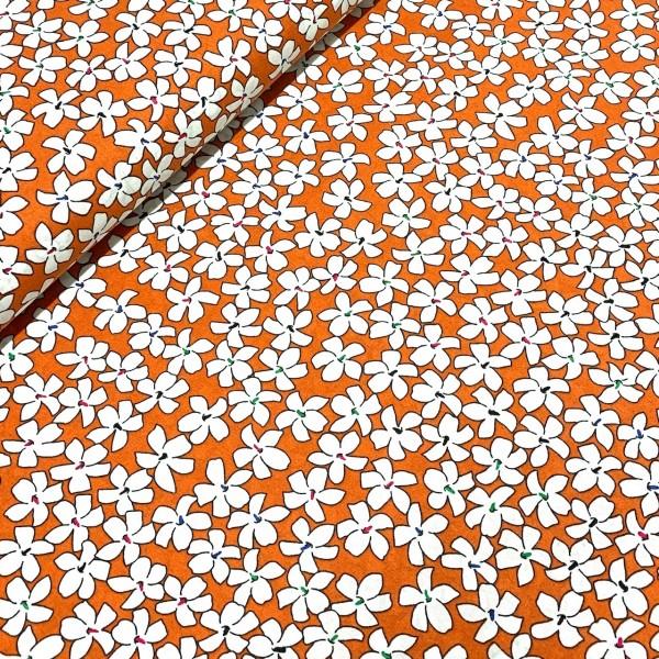 Weiße Blüten auf orange 100%BW