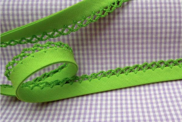 5m Schrägband uni mit Häkelborte hellgrün (56)