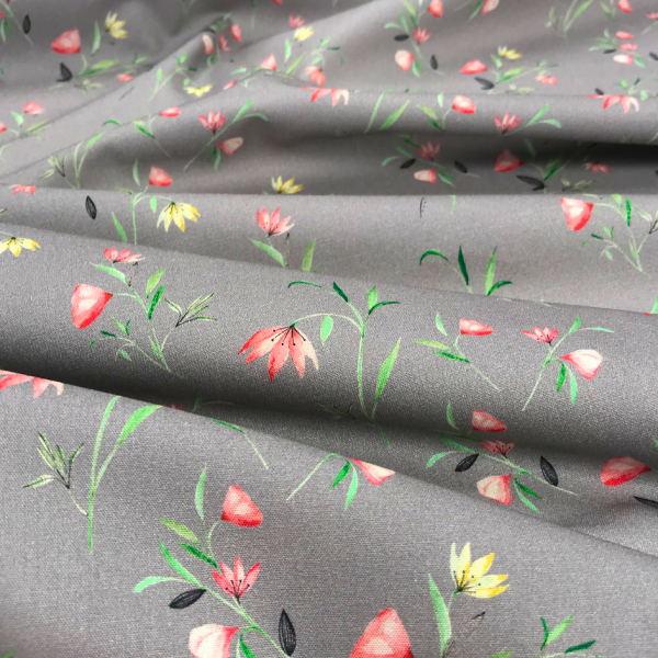 Baumwoll-Stoff zarte Feldblumen auf grau